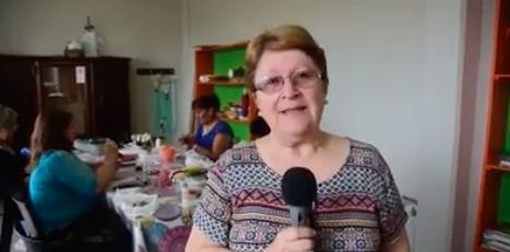 EXPOSICIÓN DE  MANUALIDADES .