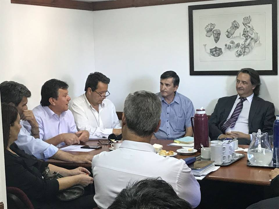 Miércoles sindicatos de comercio de la pcia de Sta fe se reunieron con integrantes de la Comisión de asuntos laborales